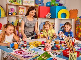 275x206 Kindergarten Images
