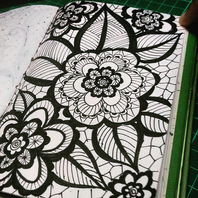 640x640 Flower Lace Pattern
