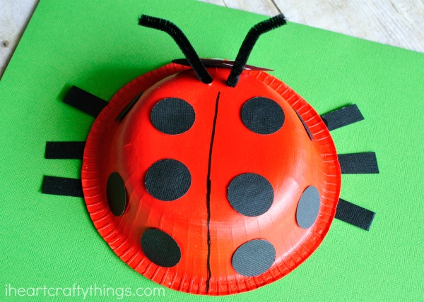 600x428 Paper Bowl Ladybug Craft I Heart Crafty Things