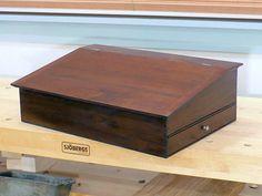 236x177 The Shaker Lap Desk