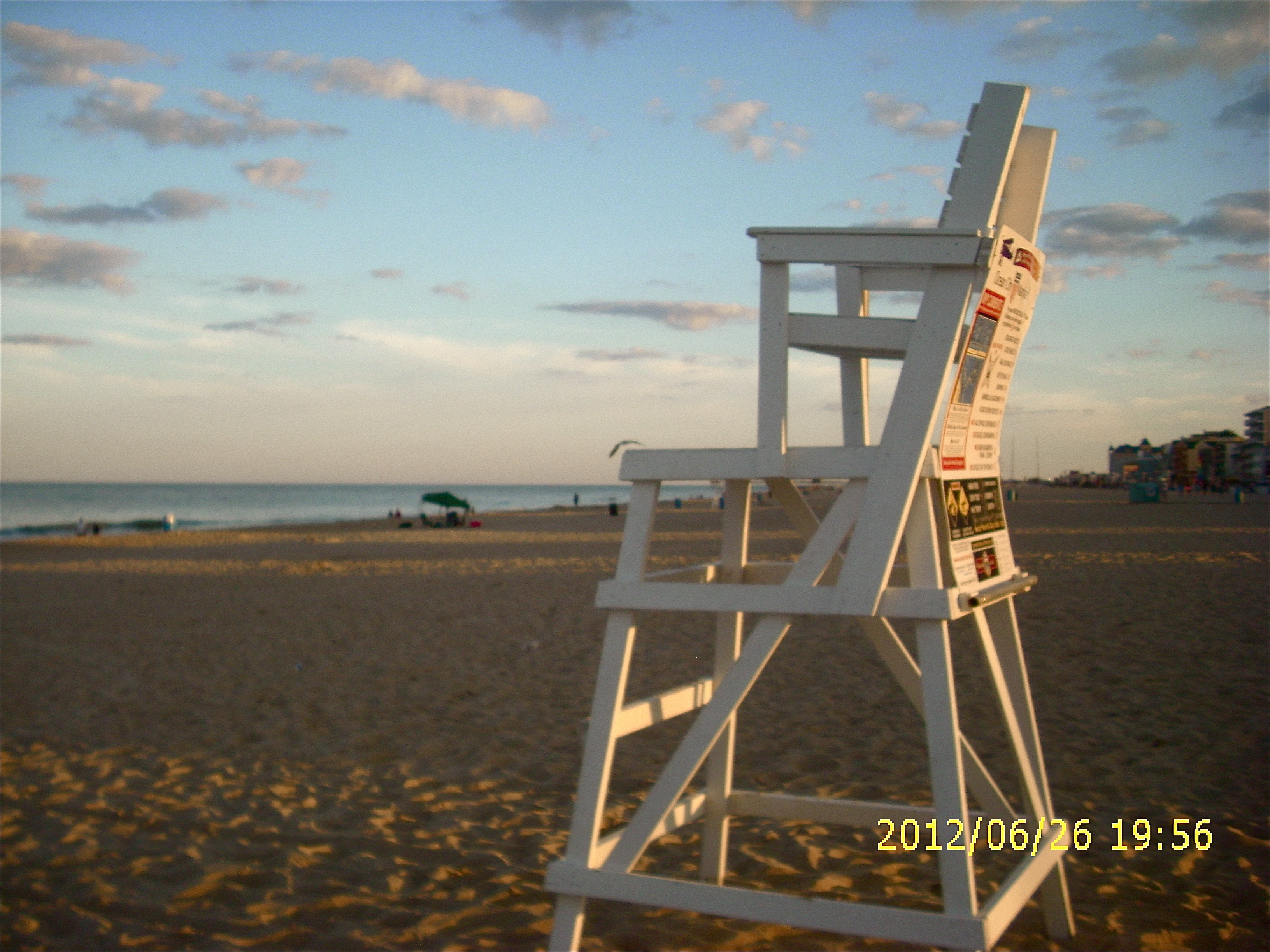 3264x2448 Chair Design For Winsome Lifeguard Chair Table Decoration Beach