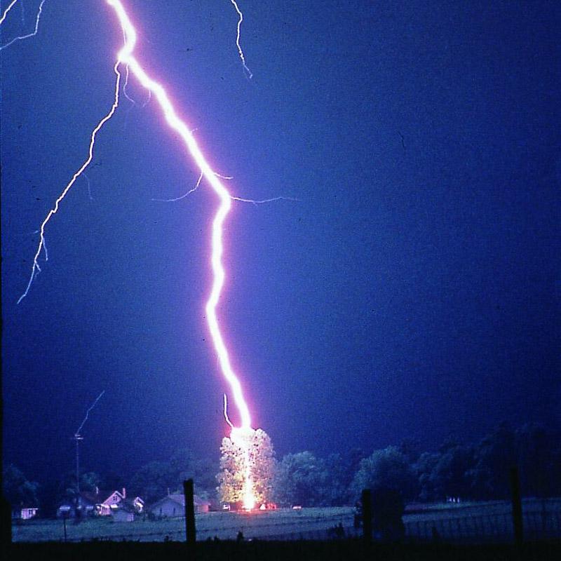 800x800 Severe Weather 101 Thunderstorm Faq