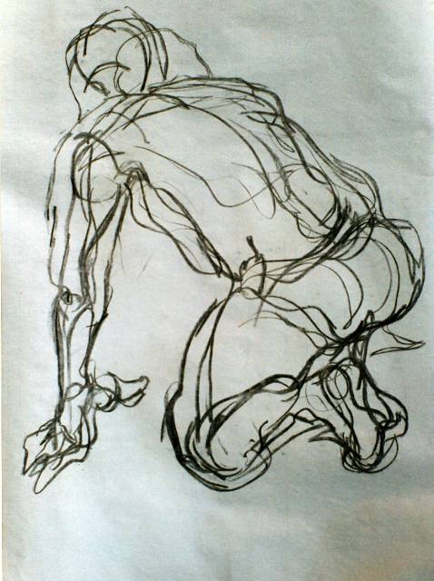 478x640 Charcoal Life Drawing Man Kneeling Tiptoeing And Tebowing