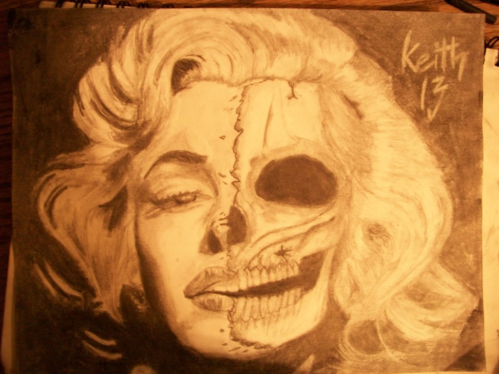 1024x768 Marilyn Monroe Skull By Giftedyungin
