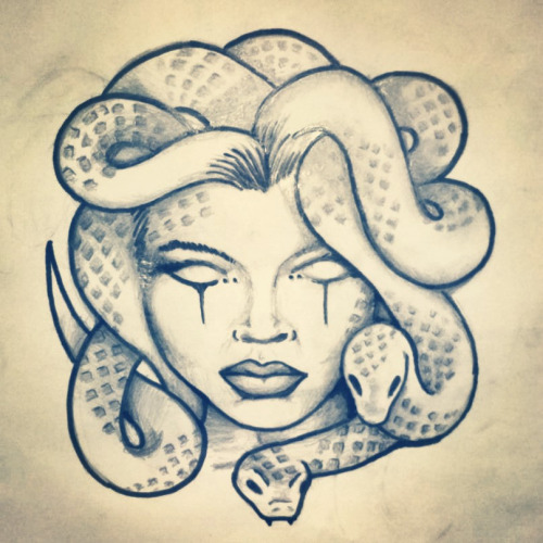 500x500 Medusa Hand Tattoos