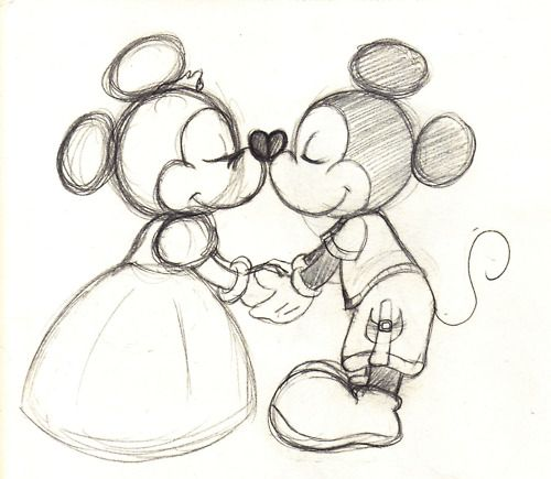 500x435 old fashioned mickey and minnie drawing