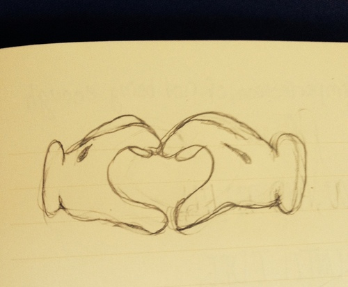 500x412 Mickey Gloves Heart Uploaded By @just Another Bird