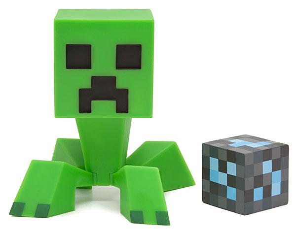 600x471 Minecraft Creeper Vinyl Figure Thinkgeek