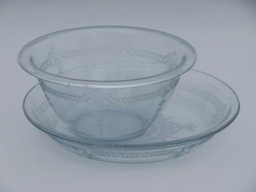 512x384 Vintage Sapphire Blue Fire King Philbe Glass Pie Plate And Mixing Bowl