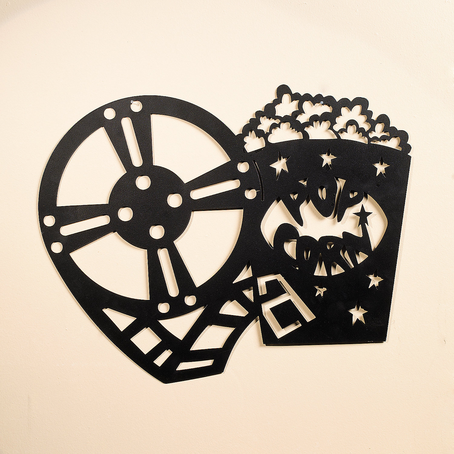 1500x1500 Silhouette movie night wall decoration