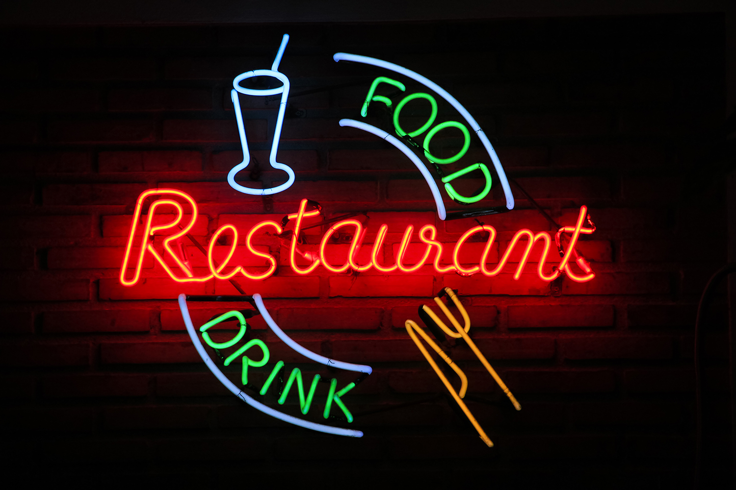 1500x1000 5 Ways Neon Signs Can Help Your Business