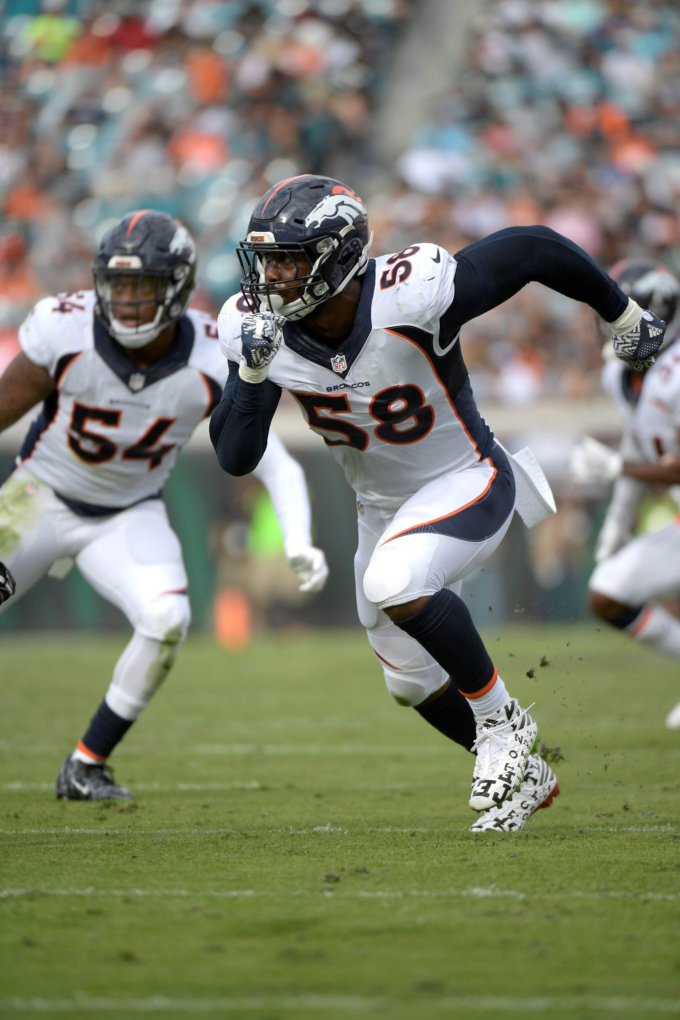 2341x3512 Nfl Gives Broncos' Von Miller His Due