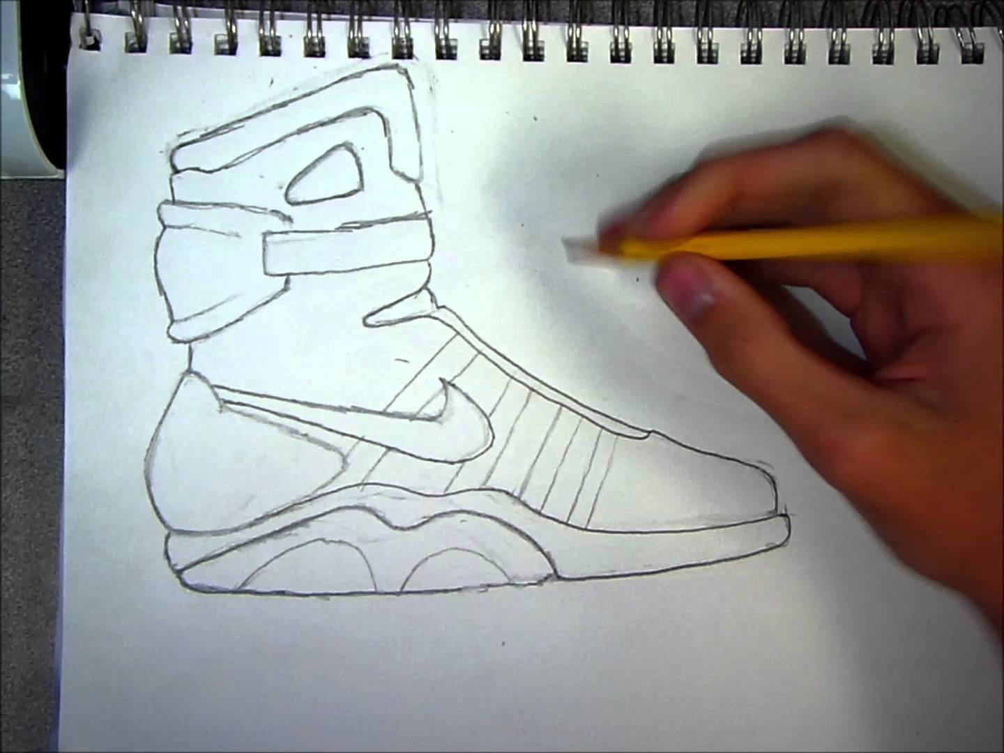 1440x1080 How To Draw Air Mags (Speed Art)
