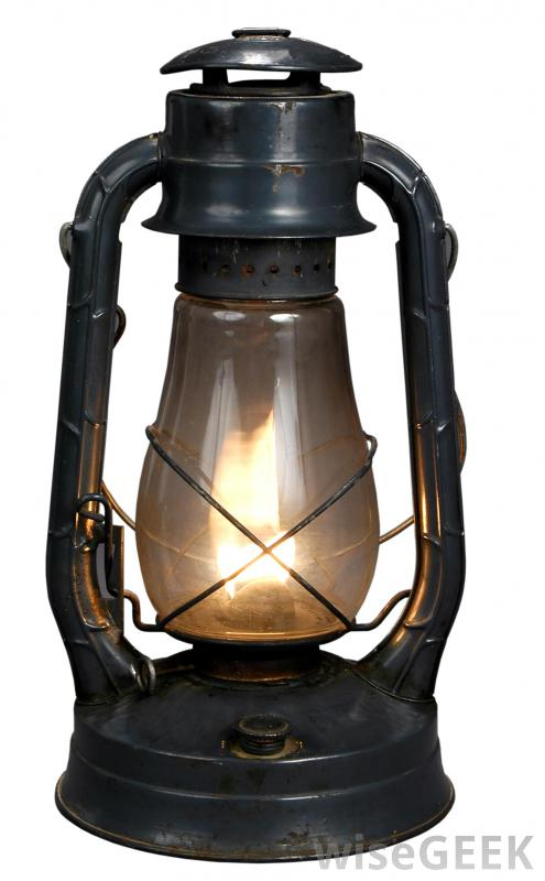495x800 What Is A Kerosene Lantern With Picture