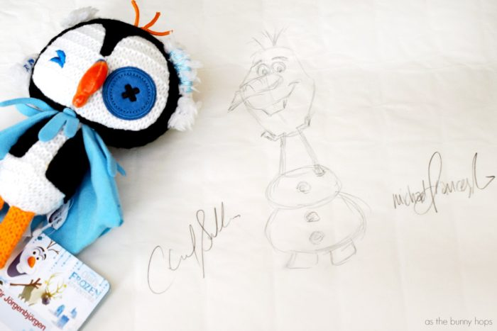 700x467 Olaf's Frozen Adventure Is Coming To Television!