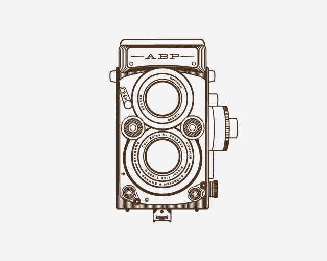 640x512 Old School Camera Hand Drawn Illustration