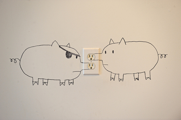 599x399 Draw Pigs On An Outlet Now It's A Snoutlet