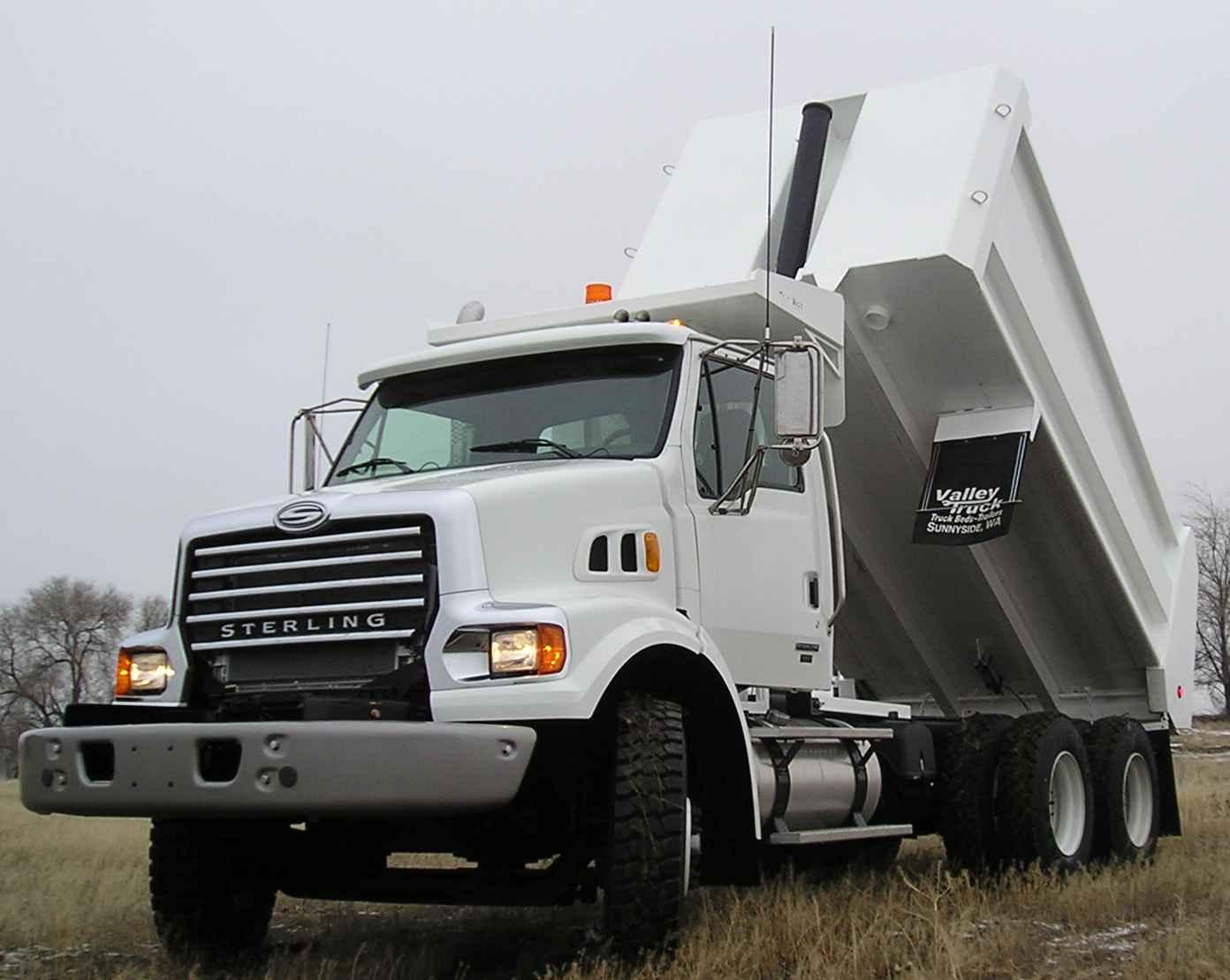 1392x1109 Municipal Dump Amp Plow Truck