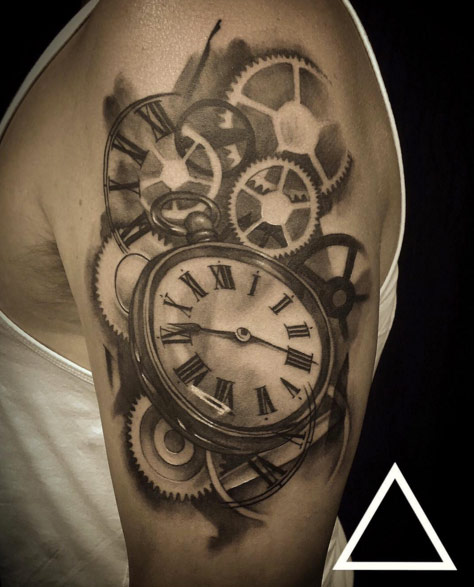 474x587 34 Superb Pocket Watch Tattoo Designs