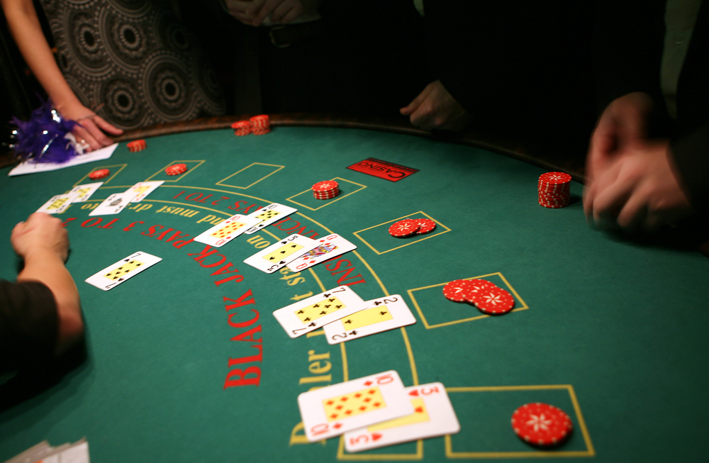 1000x653 How To Deal Blackjack Blackjack Rules For Dealers