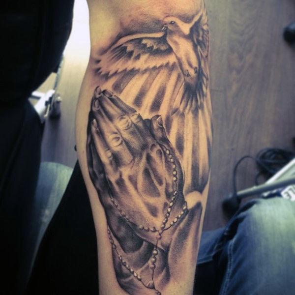 600x600 70 Praying Hands Tattoo Designs For Men