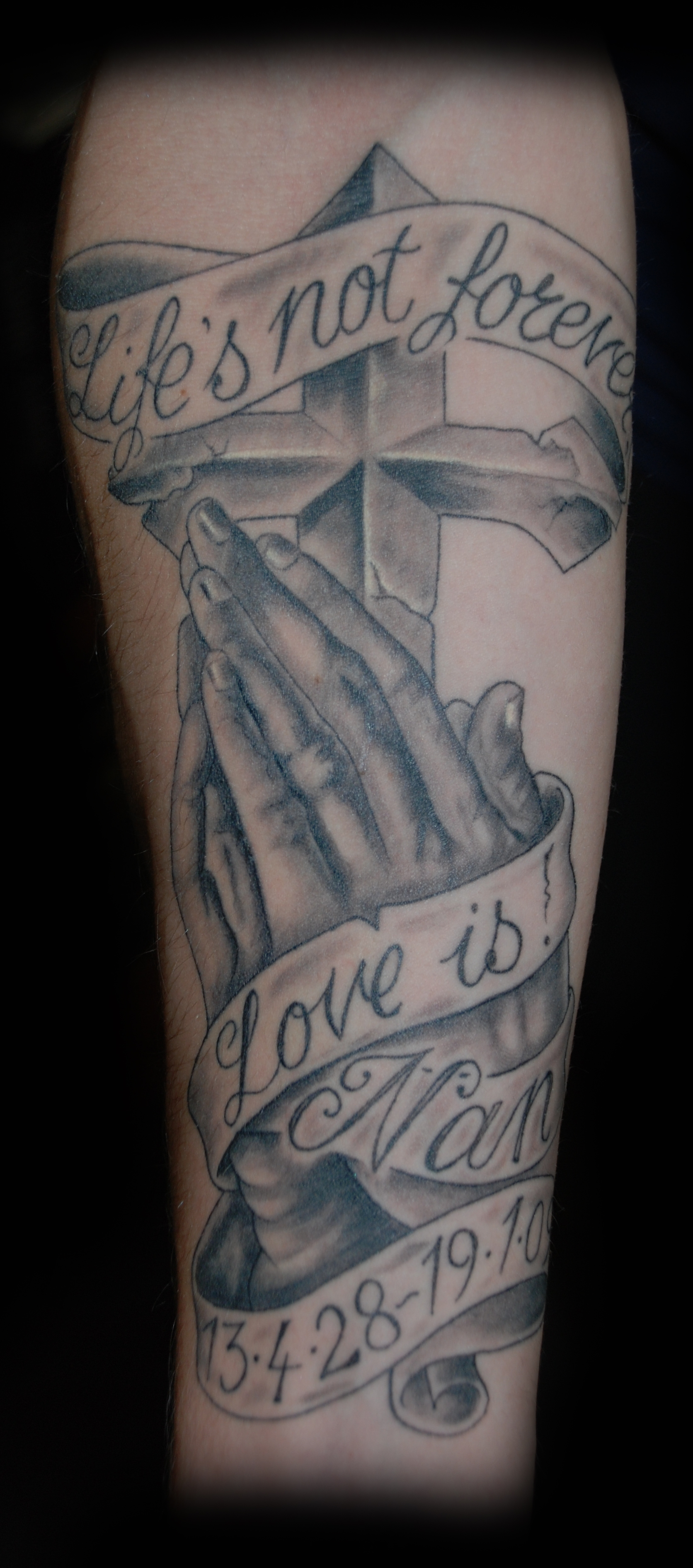 1672x3784 Praying Hands Tattoos Praying Hands Cross Tattoo