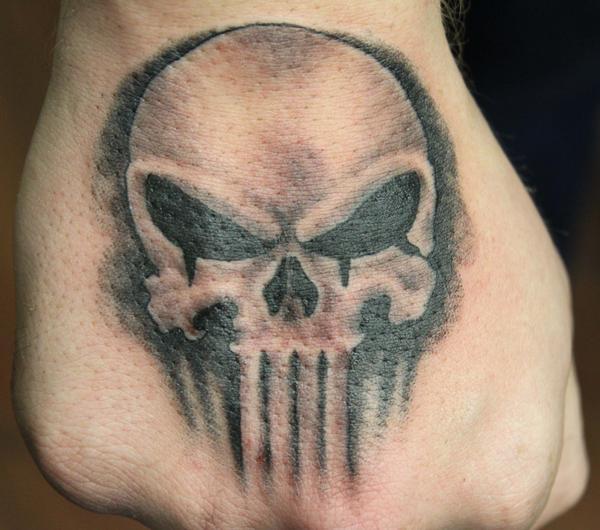 600x530 15 Punisher Tattoo Designs