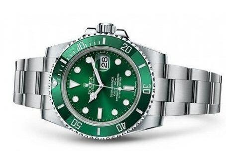 454x318 Fashion Watches 189 Rolex's Modern Diver The Submariner