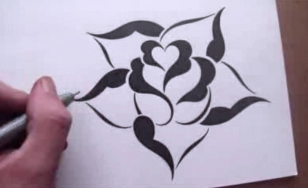1024x625 Simple Sketch Of A Rose Drawing A Rose In A Simple Stencil Design