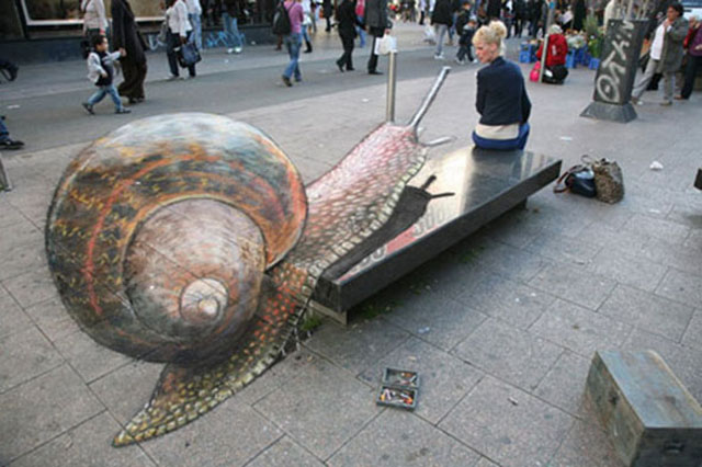640x426 The 20 Most Amazing 3d Chalk Drawings