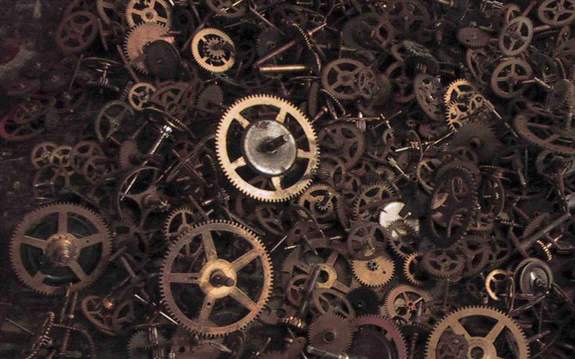 1900x1187 Steampunk Gears And Cogs Wallpaper