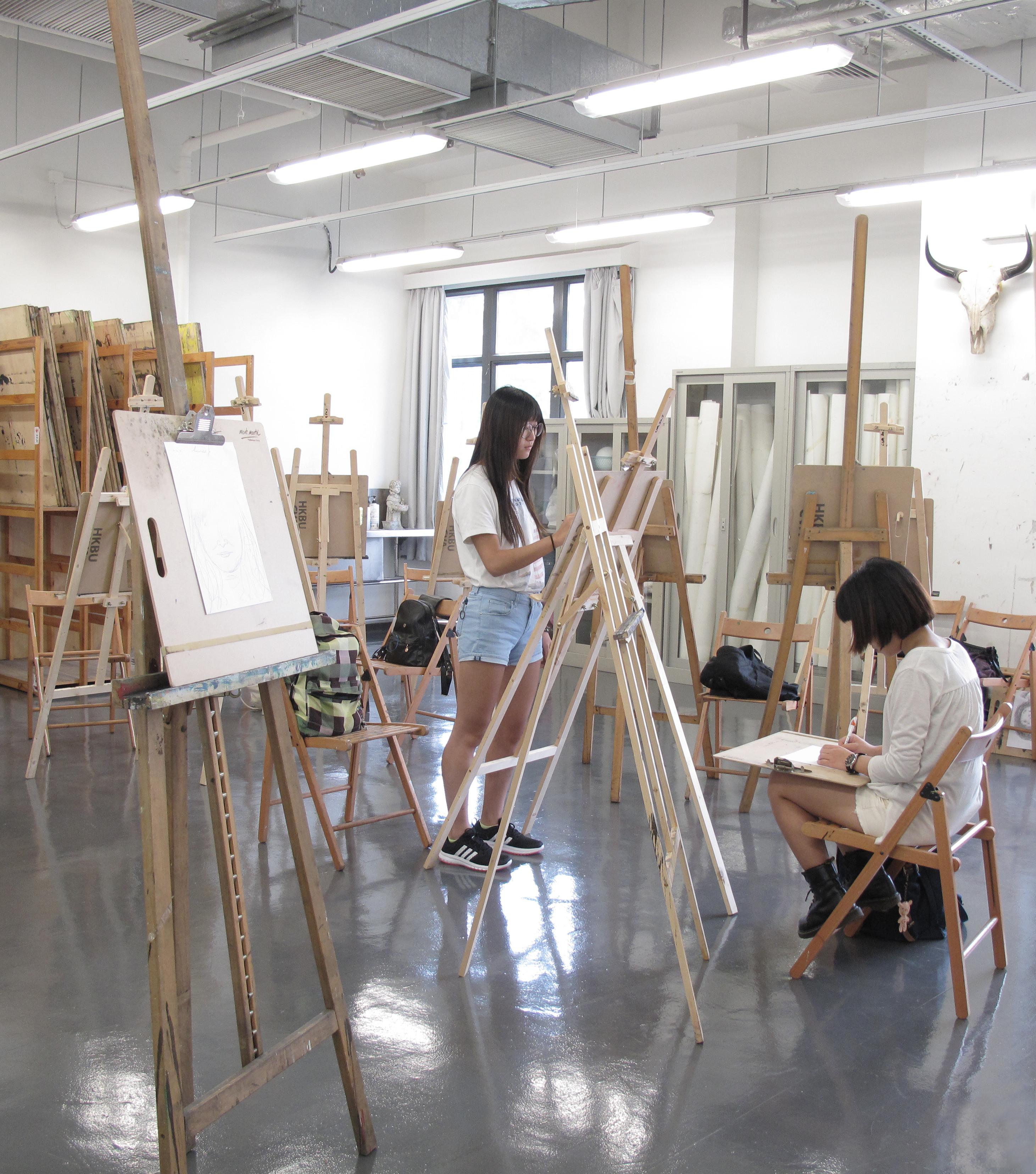 2922x3312 Drawing Studio
