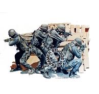 194x184 Swat Art By Dick Kramer Studios, Inc.