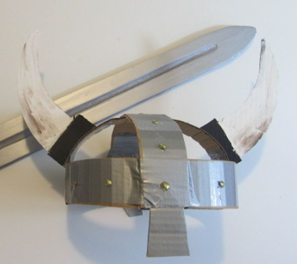 600x533 How To Make A Quick And Easy Viking Helmet