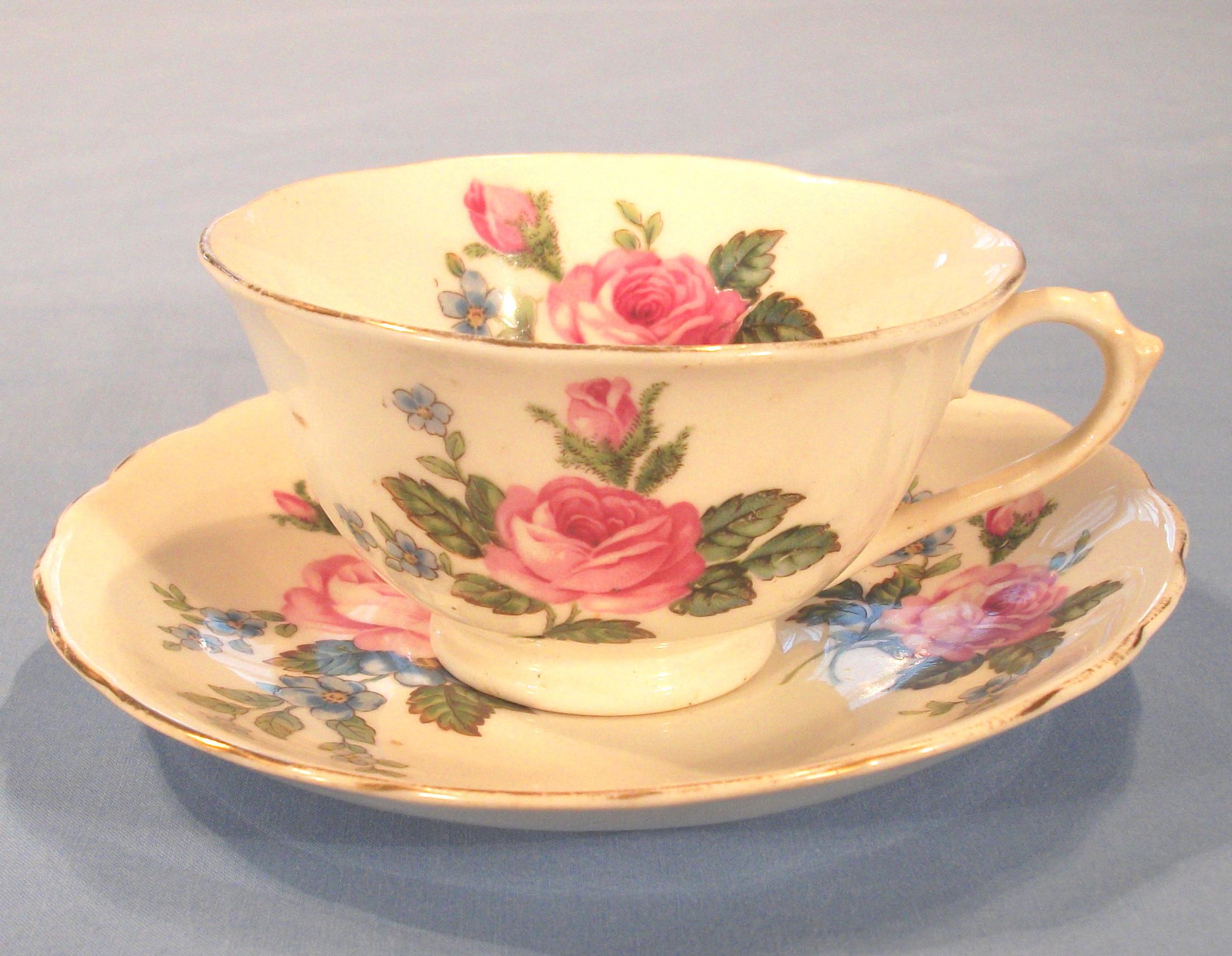 Vintage Tea Cup Drawing at GetDrawings