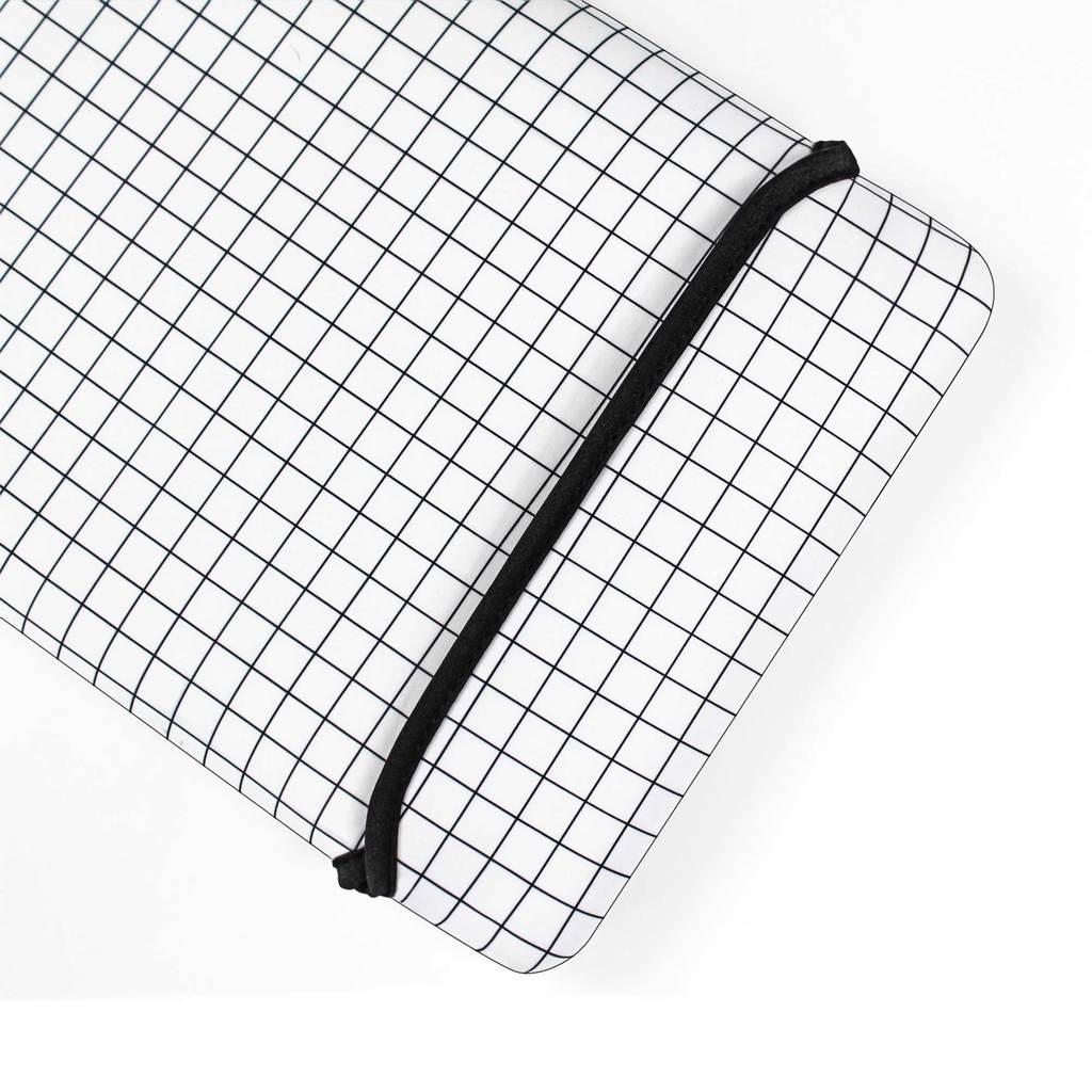 1024x1024 White Grid Macbook Sleeve Uniqfind
