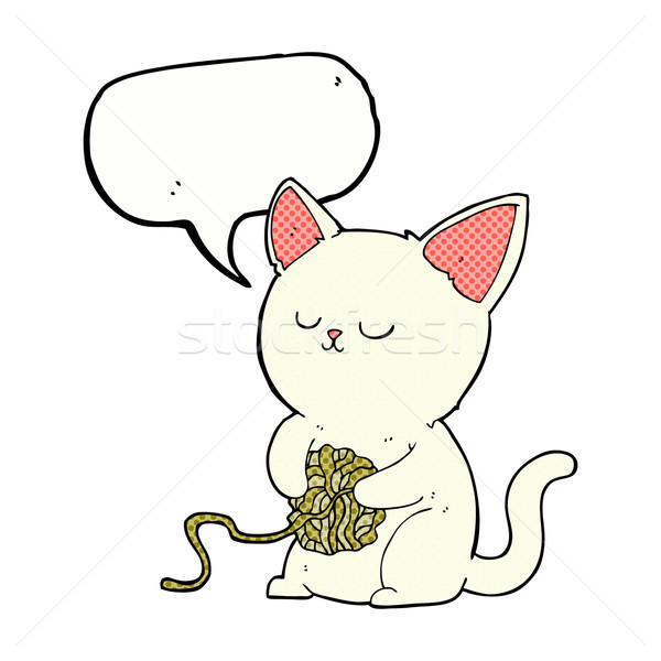 600x600 Cartoon Cat Playing With Ball Of Yarn With Speech Bubble Vector