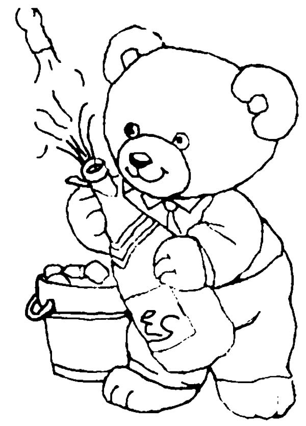 600x834 A Bear Open The Beer Bottle For New Year Party Coloring Pages