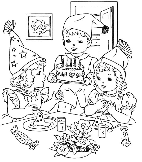600x685 Cooking Birthday Cake For Birthday Party Coloring Pages
