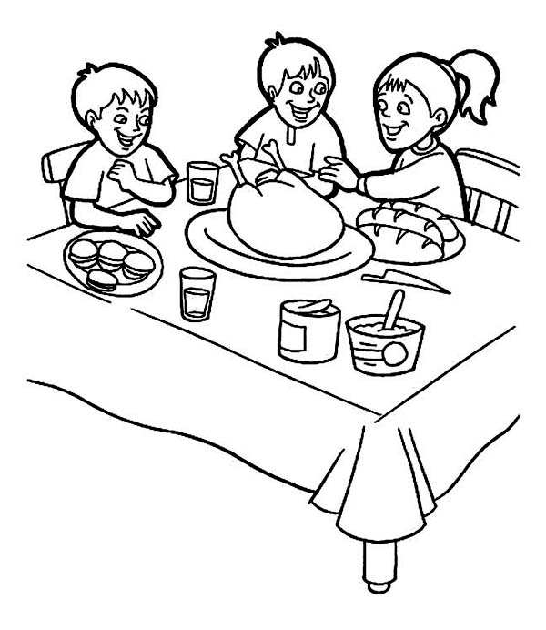 600x692 Thanksgiving Day Breakfast With Family Coloring Page