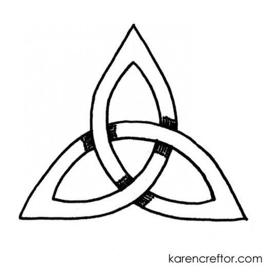 520x520 How To Draw A Triquetra With 10 Steps And A Compass Feltmagnet