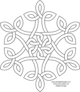 278x320 Celtic Knot Snowflake