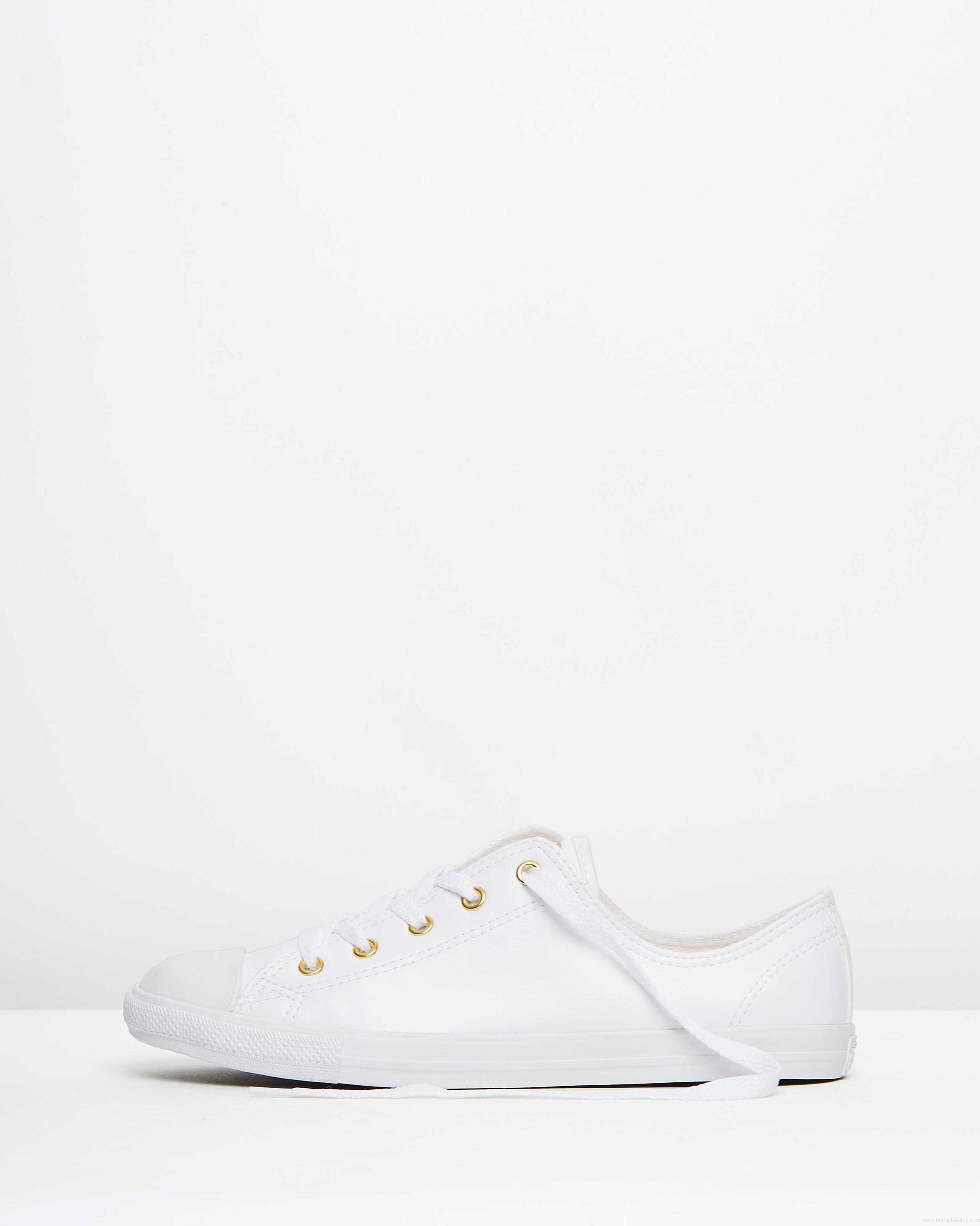 3df0daad2c6c 2362x2953 Sale Converse Chuck Taylor All Stars Dainty Ox Women White