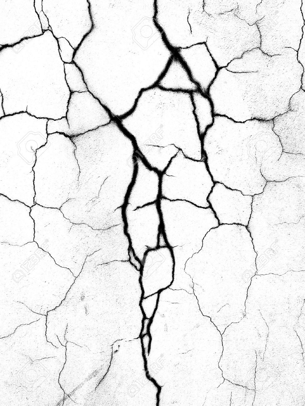 975x1300 The Crack On The Wall Close Up. Black And White. Stock Photo