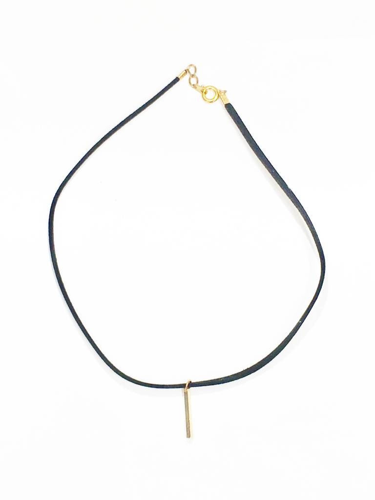 768x1024 Skinny Suede Choker With Gold Bar