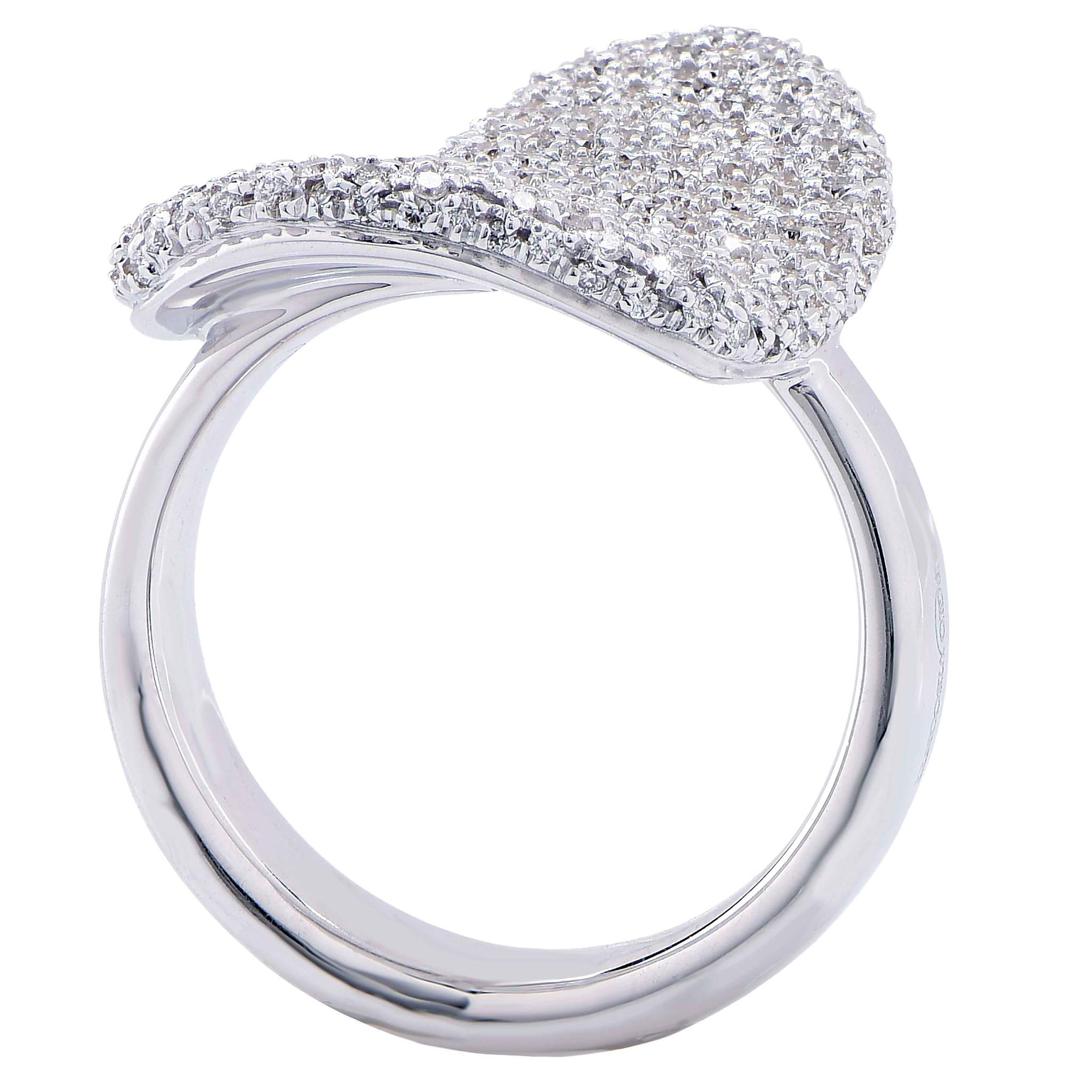 2048x2048 Georgio Visconti 1.10 Carat Diamond Heart Shaped White Gold Ring