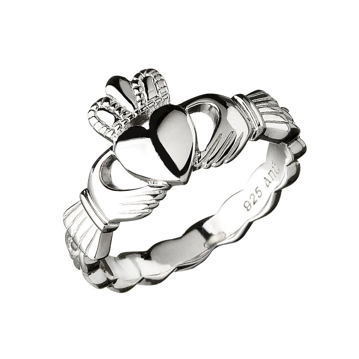 1200x1200 Claddagh Ring With A Twist Band Claddagh Jewellers