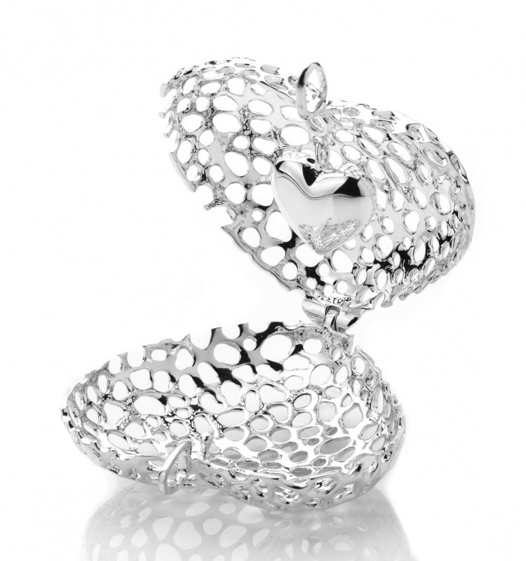 750x800 Amore Heart Lattice Locket Pendants Rachel Galley Jewellery Design
