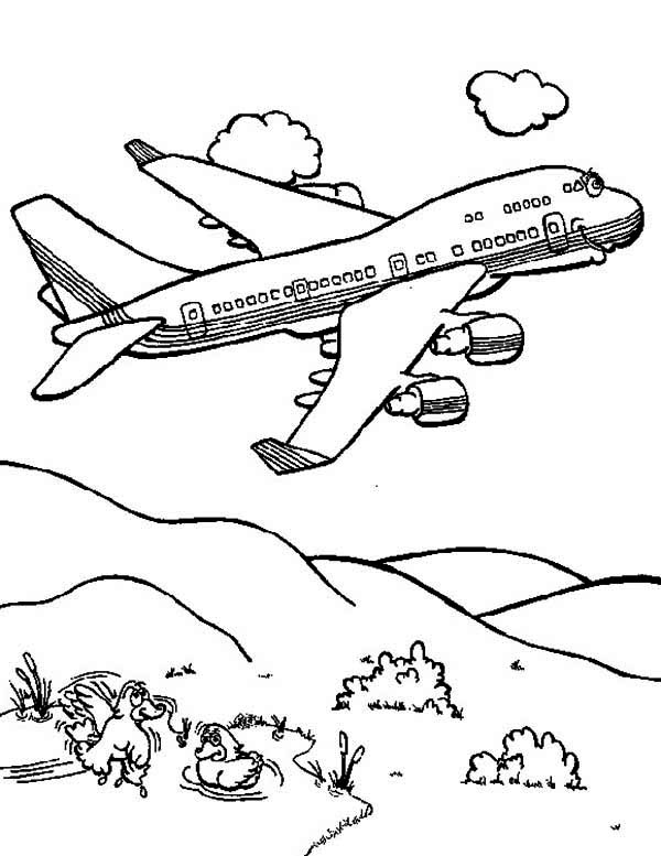 600x777 Cartoon Jumbo Jet Coloring Page