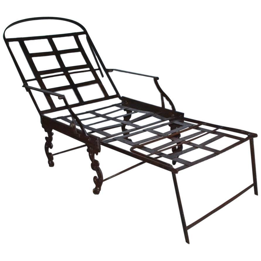 891x891 Campaign Furniture